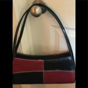 Handbags - Unmarked leather look handbag.